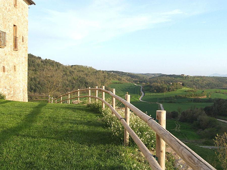 Façana Oest Turisme Rural Familiar Moianès